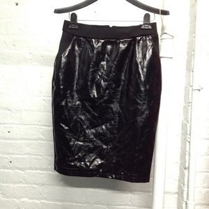 H&M BLACK LEATHER WOMEN'S PENCIL SKIRT SIZE SMALL